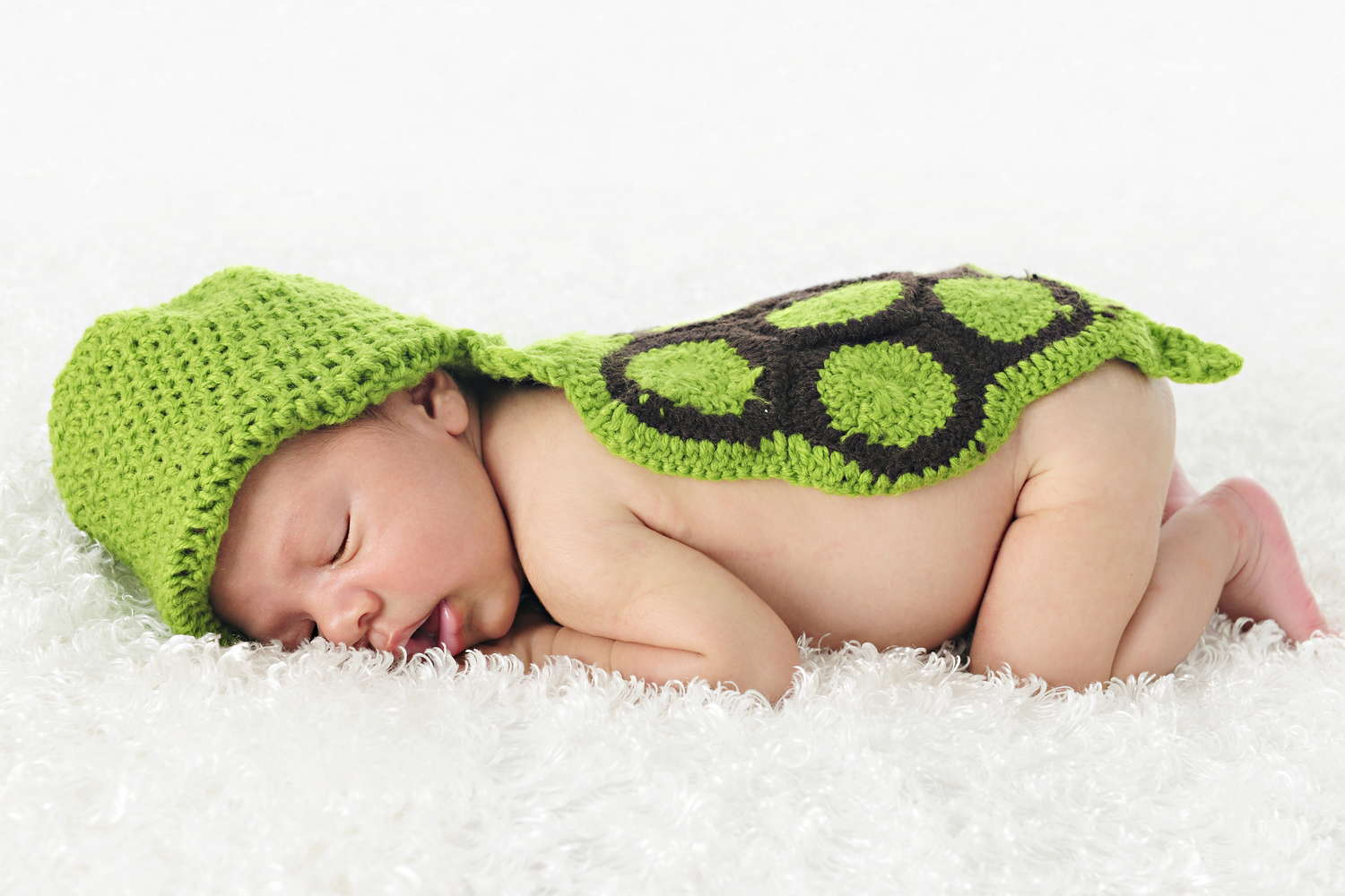 baby sleep as a turtle
