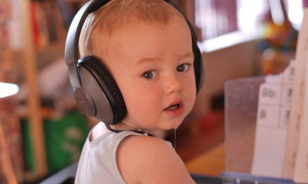 5 Reasons To Play Music To Your Baby