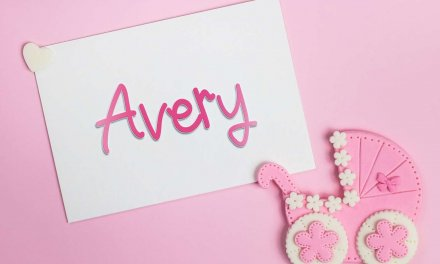 Avery: Girls Baby Name Meaning