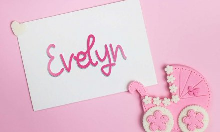 Evelyn: Girls Baby Name Meaning