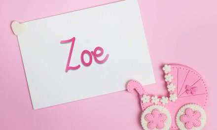 Zoe: Girls Baby Name Meaning